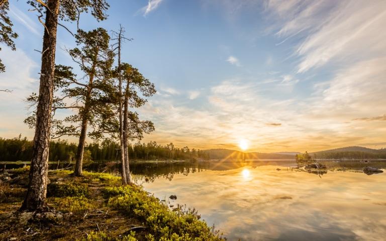 La Finlande, pays du soleil de minuit